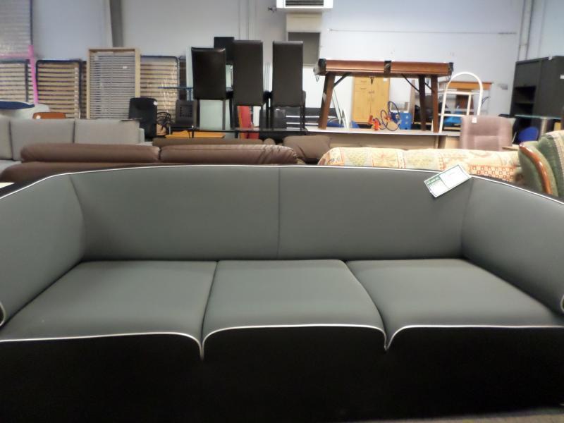 d p t vente troc n cash canape tissu noir gris occasion. Black Bedroom Furniture Sets. Home Design Ideas